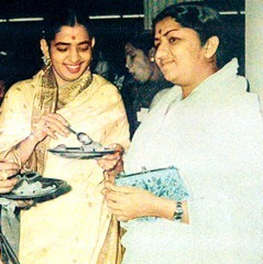 Lata with P. Susheela