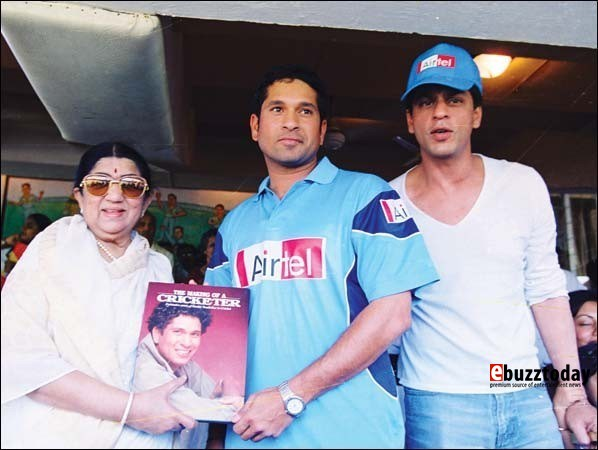 Lata with Sachin Tendulkar and Shahrukh Khan