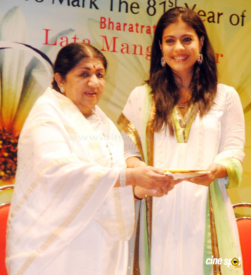 Lata with Kajol