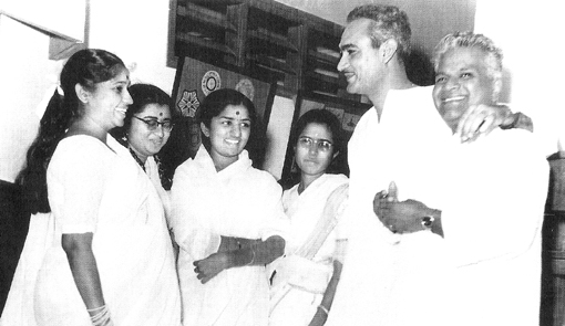 Lata with Asha, Usha, Meena, O.P. Nayyar and Vasant Desai