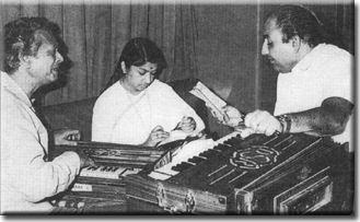 Lata with Naushad and Mohammed Rafi